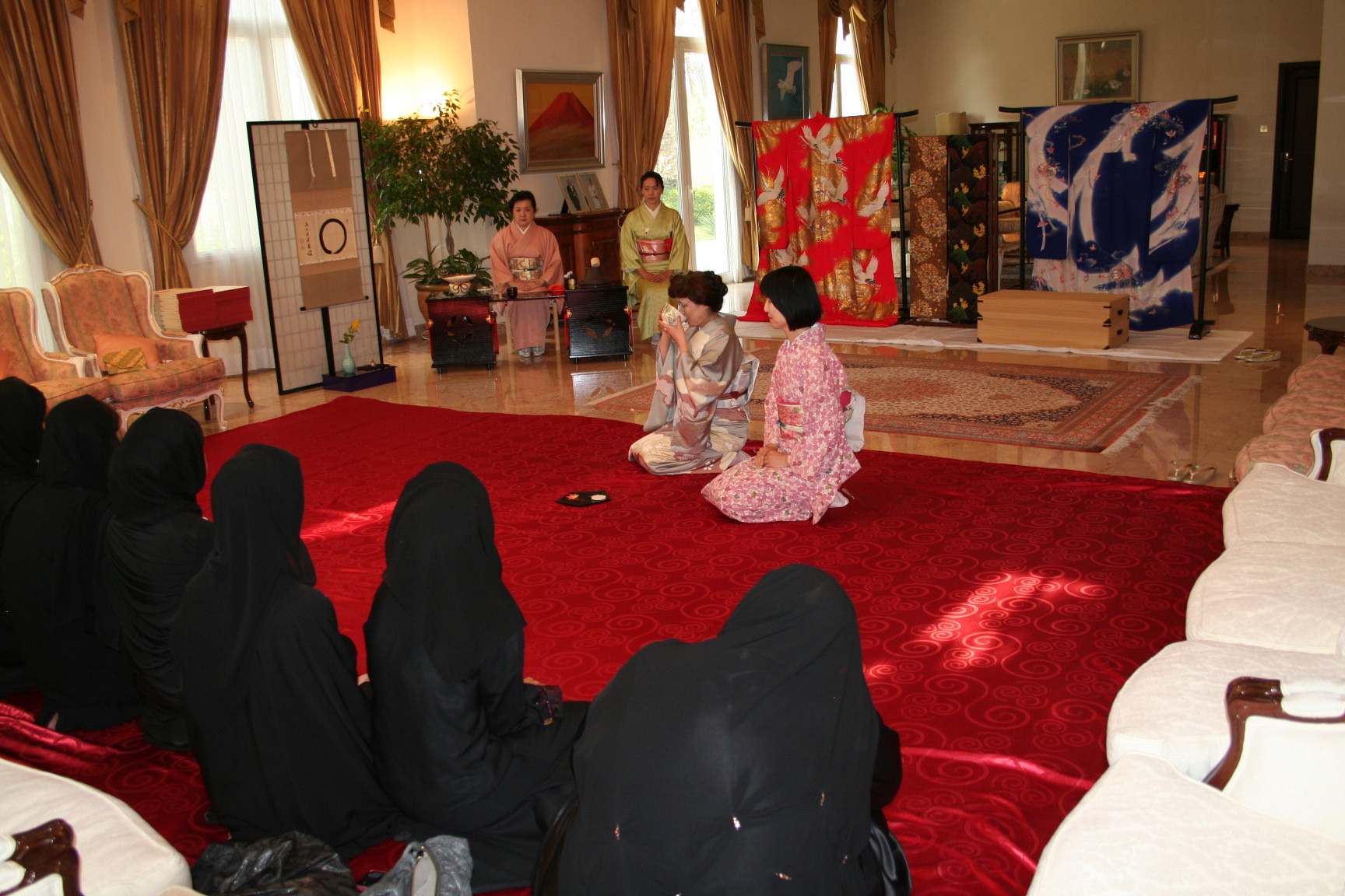 Zayed University students visit the residence